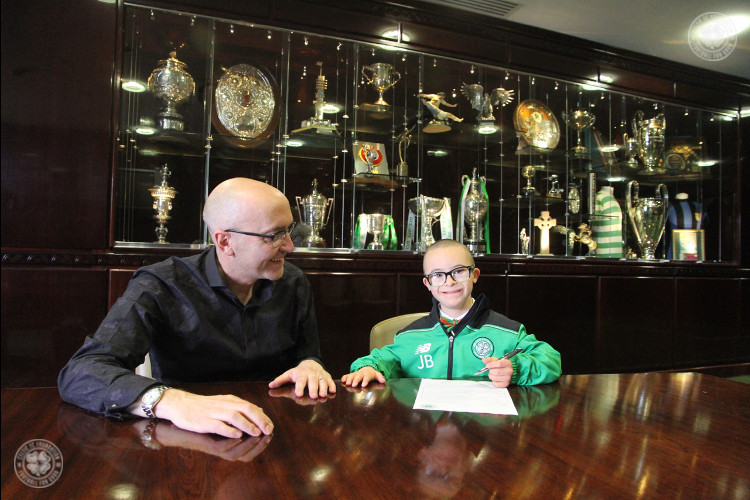Wee Jay Beatty signs on for Celtic FC Foundation