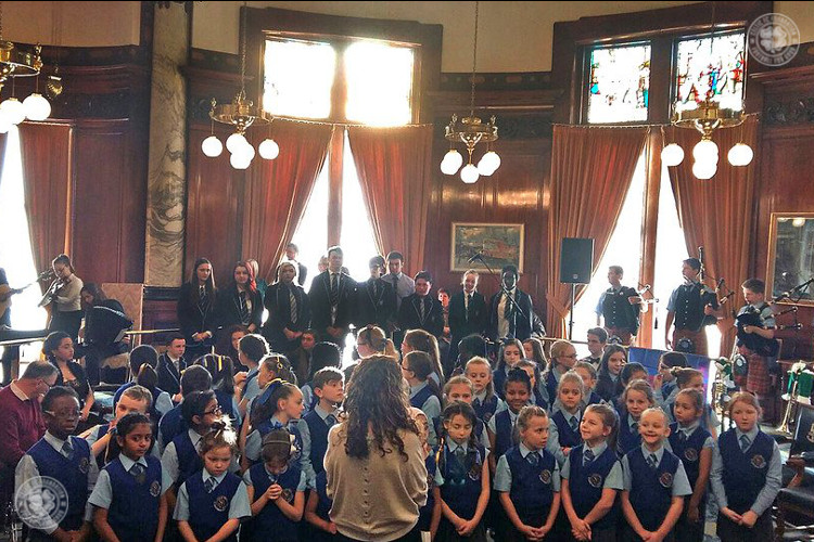 Primary school choir hits the right note for Barcelona directors